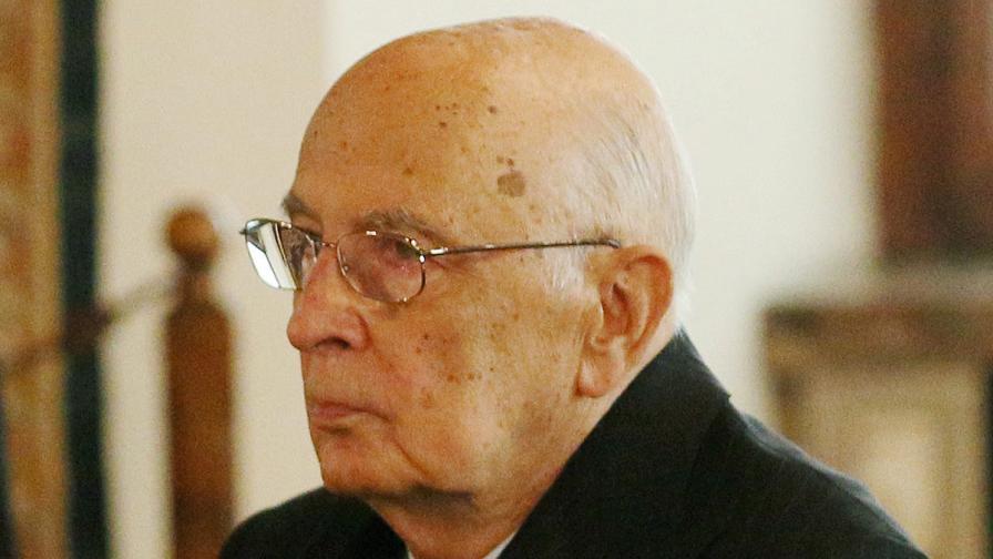 Италианският президент Джорджо Наполитано подаде оставка