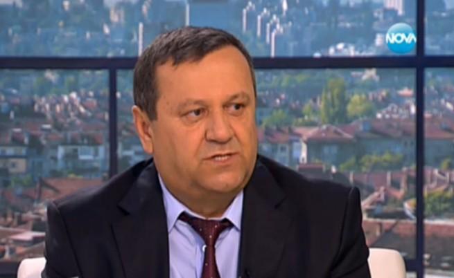 Адемов: Проблемът на България е в ранното пенсиониране