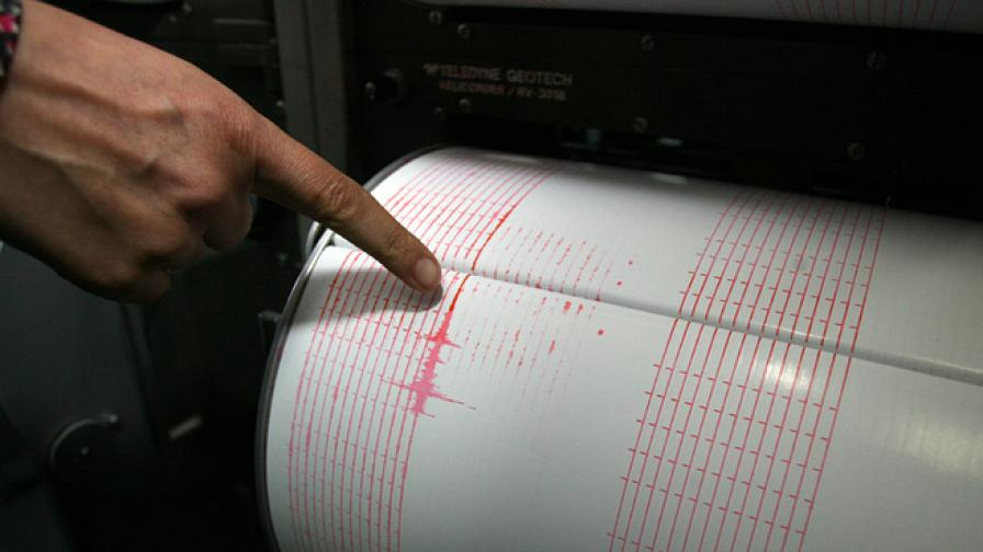 Земетресение с магнитуд 4,4 разлюля Солун
