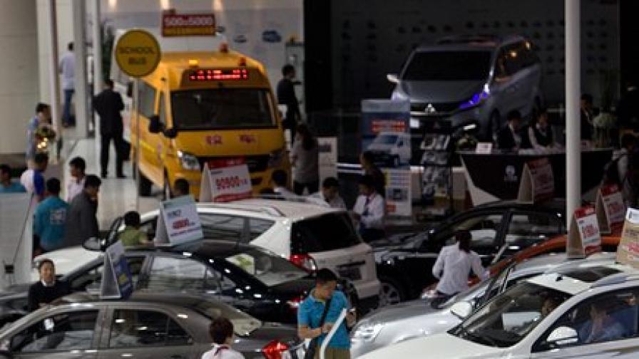 Бум при продажбата на коли в Китай
