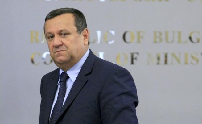 Адемов: Трябва ни стегната и добре платена държавна администрация