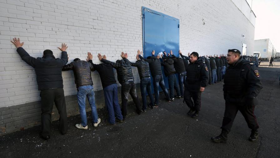 """1600 души са задържани в """"Бирюльово"""" след сблъсъците"""