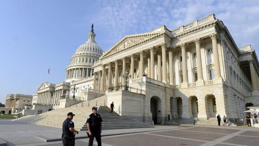 Държавният дълг на САЩ прехвърли 17 трилиона долара
