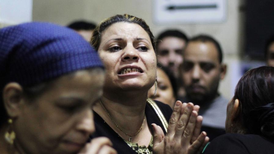 Египет: Четирима мъртви и 18 ранени при стрелба на сватба