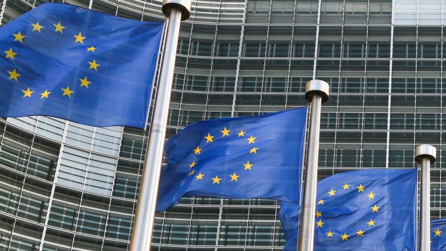 """""""Ди Велт"""": ЕС не трябваше да бърза с България и Румъния"""