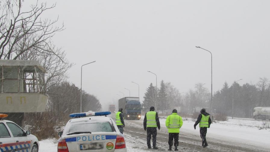 """Полицията с национална кампания """"Зима"""""""