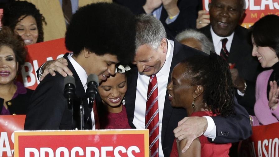 Демократ с италиански корени ще е новият кмет на Ню Йорк