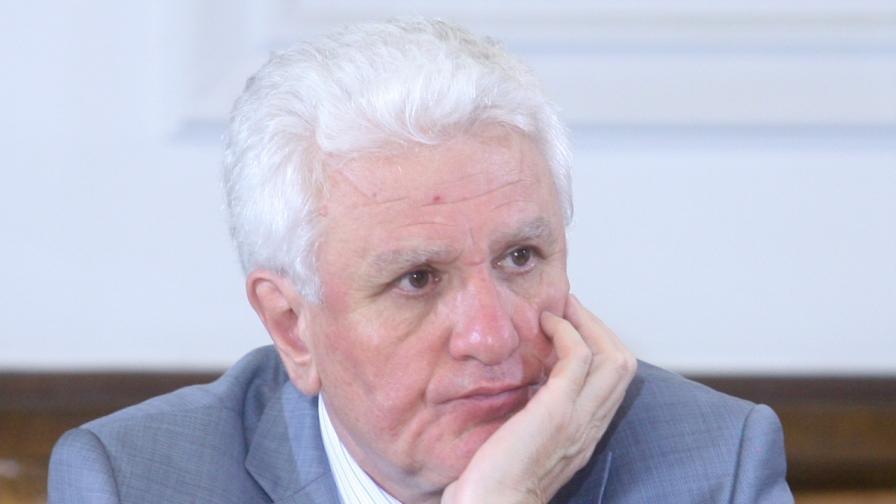 """Стандарт"": ЦРУ разкрило Христо Бисеров"