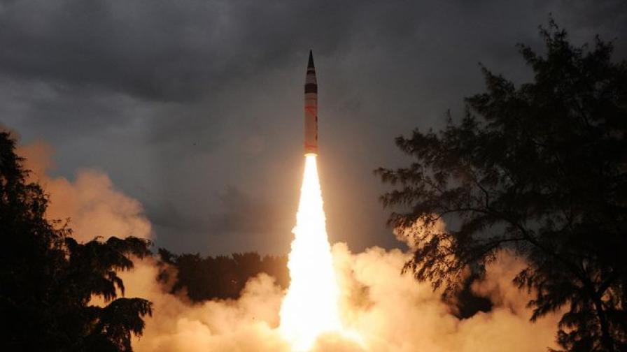 Индийската ракета каца на Марс със закъснение