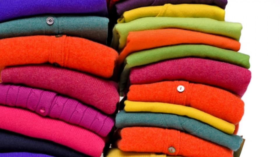 Мекият слой на кашмирената вълна се използва за обагряне и превръщане в прежда, платове и дрехи