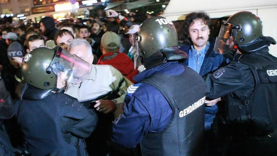 Цачева: Не студентите са окупатори, а управляващите