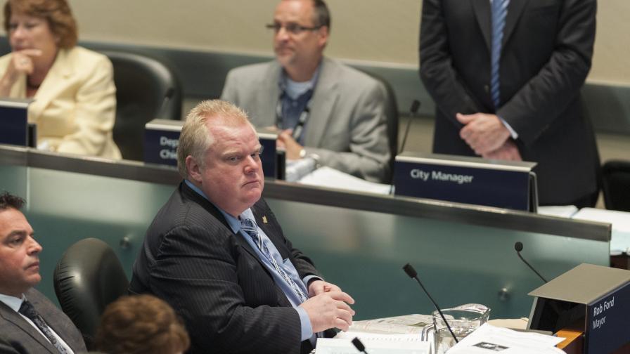 В Канада търсят как да се отърват от скандалния кмет на Торонто