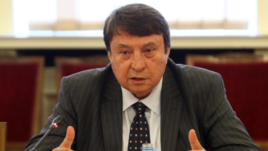 Младен Червеняков става посланик в Черна гора