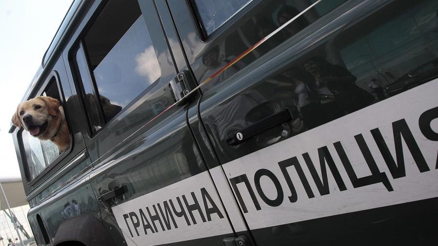 МВнР помага на обвинените граничари