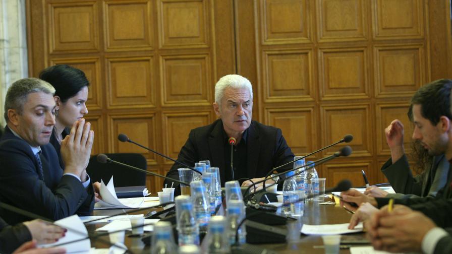 """Кадър от днешното заседание на етичната комисия """"Сидеров"""""""