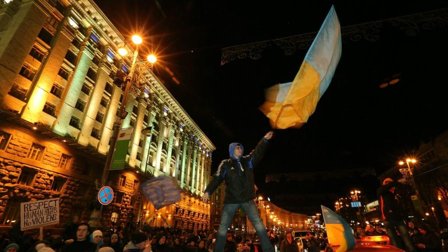 Поредна нощ на протести в Украйна