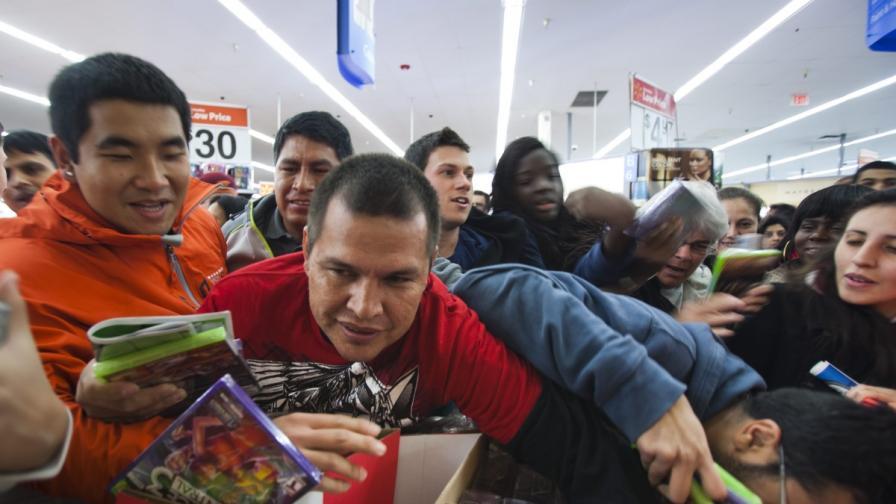 Коледното пазаруване задействало първични инстинкти