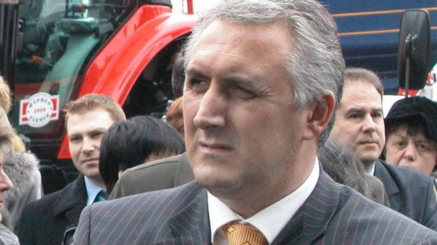 Дикме: Оттеглянето на Бисеров е подготвяно преди обвиненията