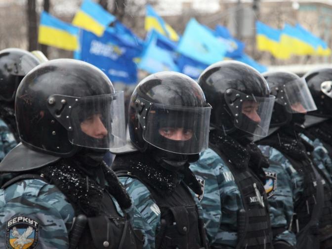 Киев протест Ленин