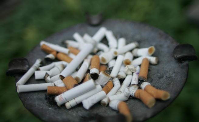 Директори на училища в Перник искат преброяване на учениците пушачи