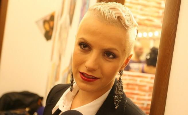 Поли Генова е българският представител на