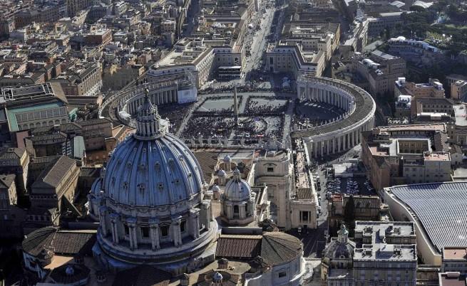 ООН: Ватиканът приема политики, позволяващи свещеници да насилват деца