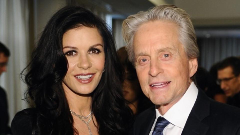 Холивудският актьор и британската красавица отново са заедно