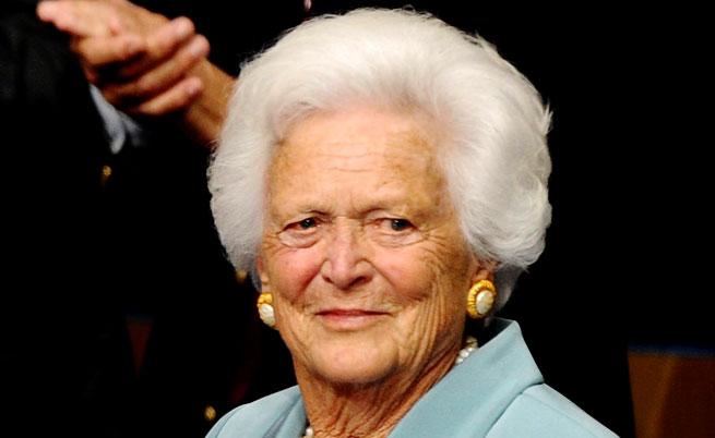 Барбара Буш (1925-2018). Като първа дама, нейна кауза бе насърчаването на грамотността и четенето на книги.