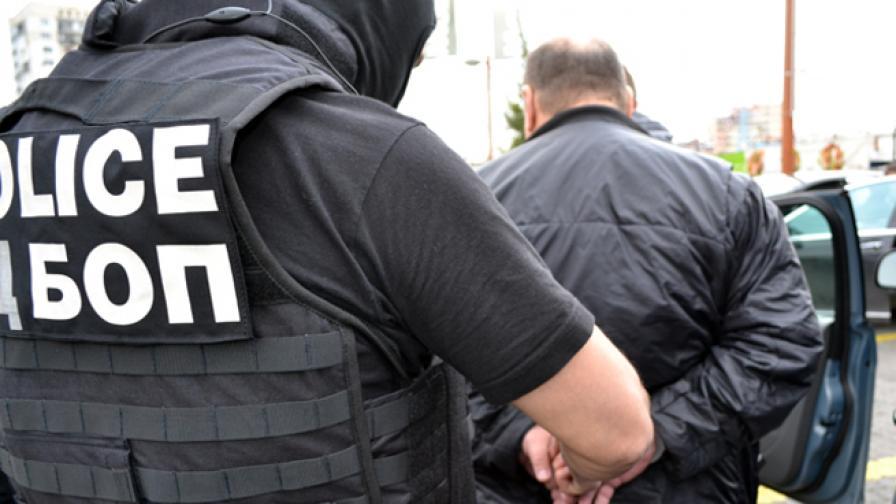 Арест на роми, получили в сметки 2,5 млн. долара от Палестина