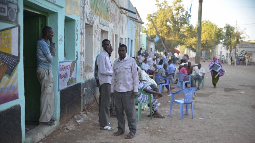"""Аш Шабаб"" забрани интернет в Сомалия"