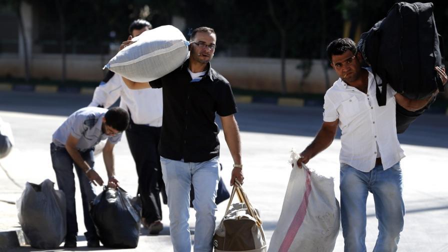 В Турция регистрират бежанците, които не са в центрове