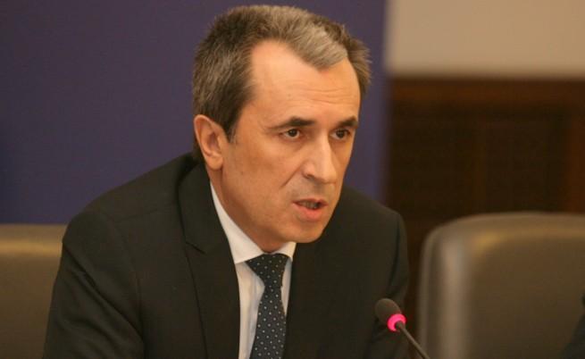 Орешарски: Ако КС отмени ВЕИ таксата, ще мислим за друга